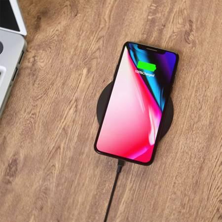 Kabellose Ladestation für Smartphones als Werbeartikel, Trend Werbeartikel, Wireless Charger, Ladestation